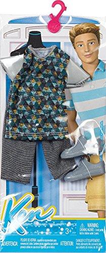 Barbie DHB39 - Conjunto de ropa Ken, moderno, camiseta y pantalones cortos