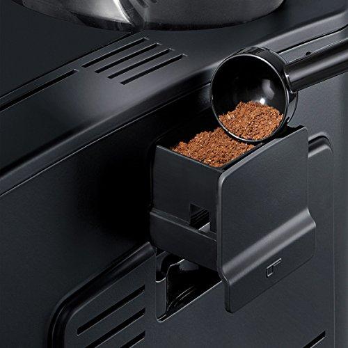 Die DoubleCup Funktion in Aktion: Perfekte Crema für den morgentlichen Kaffee zu zweit.