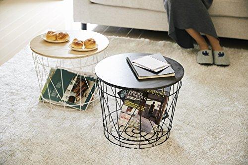 バスケットの上に天板を載せれば、テーブルに早変わり!一石二鳥のアイテムです。写真のように見せる収納としても、側面に布を被せて隠しても使えます。お部屋に合わせて柔軟に活用してください!