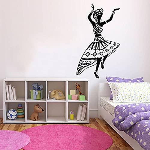WERWN Pegatinas de Pared de Mujer Bailando Puertas y Ventanas de Estilo Africano calcomanías de Vinilo Dormitorio de niña Estudio de Artista decoración de Interiores Arte Bailarina Mural