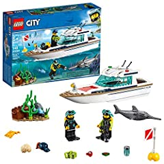 Build a sleek diving yacht with removable roof, turning searchlight, buildable buoy, opening treasure chest and a sea floor scene for amazing underwater adventures! Includes 2 LEGO City diver minifigures, plus swordfish and crab figures Diving yacht ...