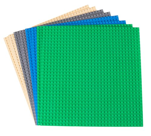 Strictly Briks - 8 Bases clásicas para Construir - para Hacer Torres, mesas y Mucho más - 100 % Compatible con Todas Las Grandes Marcas - 4 Colores: Azul, Gris, Verde y Arena - 25,4 x 25,4 cm