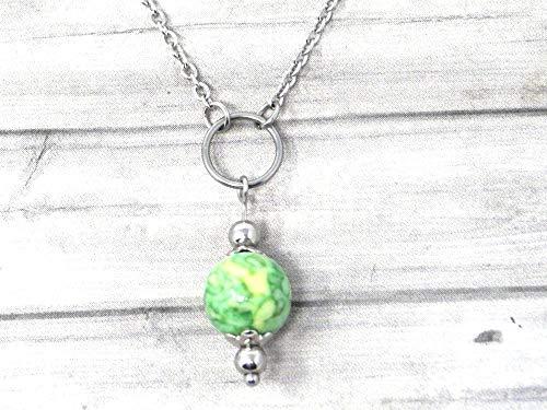 Collana girocollo da donna in acciaio inossidabile con anelli e perle di Giada colorate in verde e giallo