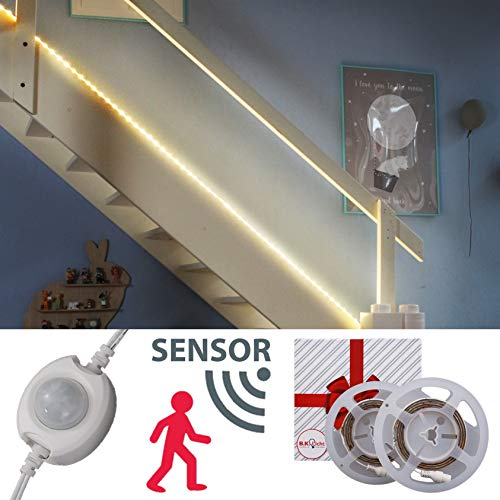 LED Stripe Bed Light Motion Sensor LED Baby Lighting 2x 1,2 m LED Light Stripe Twilight Sensor LED Night Light Stripe