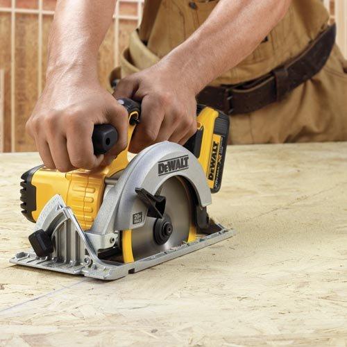 DEWALT 6-1/2-Inch 20V MAX Circular Saw, Tool Only (DCS391B)