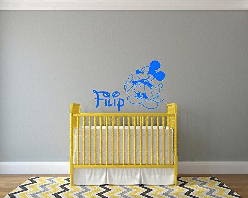 Autocollant de mur de nom personnalisé de Mickey Mouse. Nom de l'enfant autocollant mural personnalisé et Mickey Mouse. Sticker mural avec le nom d'un enfant et Mickey Mouse.