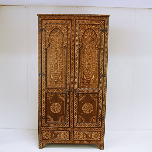 Casa Moro Marokkanischer Kleiderschrank Ehab 100x45x200 (B/T/H) aus Zedernholz kunstvoll handgeschnitzt | Kunsthandwerk aus Marrakesch | schmale Echtholz Hochkommode im Antik-Look | HM1046