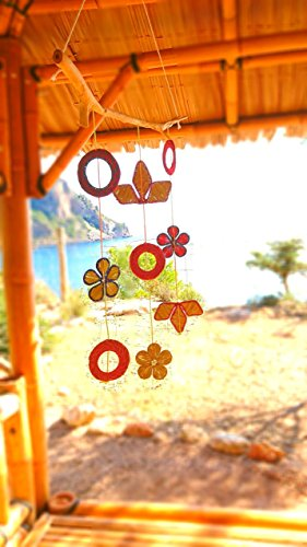 móvil artesanal de Sabina y formas creativas