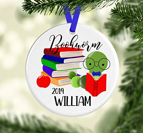 Ceramic Round Ornaments 3'', Christmas Hanging Keepsake Bookworm Ornament Book Lover Gift for Kids Book Worm Christmas Ornament Personalized Ornament with Name Teacher Gift Idea Bookworm Decor