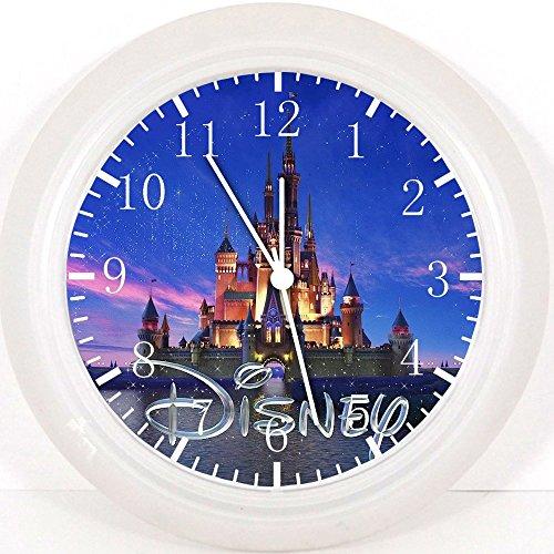Preisvergleich Produktbild Disney Wanduhr Schloss 25.40 cm Wohnzimmer und wird Geschenk Wanddekoration E19