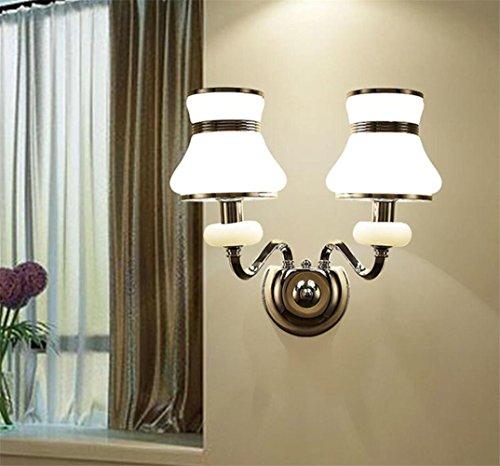 Atmko®Applique Murale Lampe murale moderne en style simple Lampe en fer Art Salle de séjour Chambre à coucher Restaurant Aisle Applique murale décorative, double headed