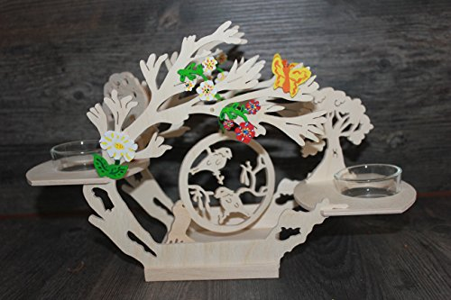 Frühlingsdeko aus Holz für 2 Kerzen mit Frühlingsanhänger
