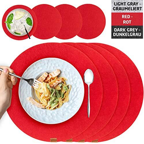 Miqio® Design Runde Tischsets aus Filz abwaschbar | Mit Marken Echtleder Label und Glasuntersetzer | 4 Platzsets 4 Untersetzer | rot als Weihnachtsdeko oder grau | Filzmatte Platzdeckchen abwischbar