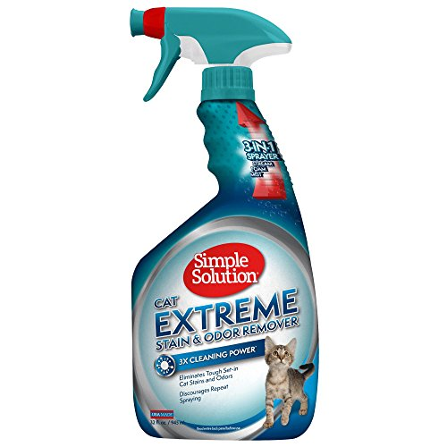 Simple Solution Cat Extreme Pet Stain and Odor Remover | Enzymatic Cleaner with 3X Pro-Bacteria Cleaning Power | 32 Ounces
