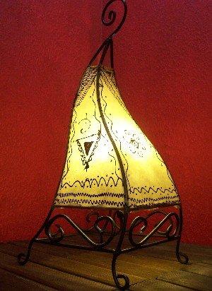 Orientalische Tischlampe Marrakesch 50cm Lederlampe Hennalampe Lampe | Marokkanische kleine Tischlampen aus Metall, Lampenschirm aus Leder | Orientalische Dekoration aus Marokko, Farbe Natur