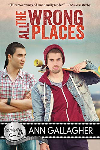 All The Wrong Places: A Bluewater Bay Story (English Edition)