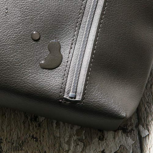 TEESFACTORY国産PVCおむつポーチocchiオッチライトブルーレザーバッグ合成皮革