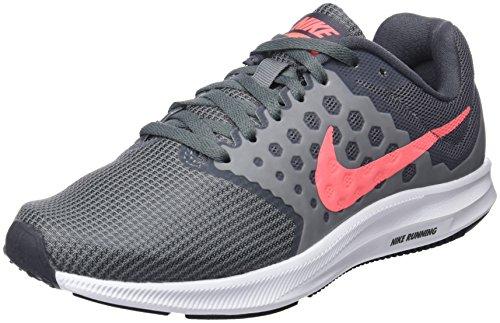 Nike Damen Downshifter 7 Wide Sneaker, Grau Gris Froid Blanc Gris Foncé Rouge Gris Lave Brillant, 37.5 EU