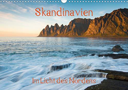 Skandinavien - Im Licht des NordensAT-Version (Wandkalender 2021 DIN A3 quer)