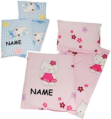alles-meine.de GmbH 3 TLG. Set _ Puppendecke & Kissen - mit Unterlage - incl. Name - aus 100 % Baumwolle - Stoff - Bettwäsche - für Puppen - Bettzeug - Kopfkissen - ideal für Pup..