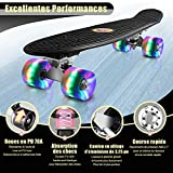 Zoom IMG-1 skateboard con ruote a led