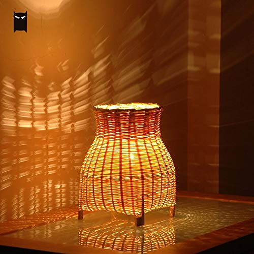Table Lamp Small Mini Craft Bamboo Wicker Rattan Vase Shade Table Lamp Fixture Rustic Vintage Night Standing Lighting for Bedroom Bedside