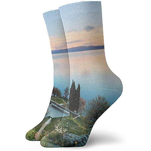 Mens Dress Socks Pack alte Steinbrücke über See im bosnischen Dorf ländlichen Balkan Wahrzeichen lustige Polyester Crew Socken