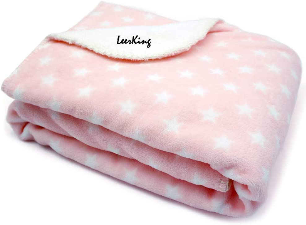 LeerKing Dog Blanket Washable double Fleece fluffy Pet Blankets for Dogs and Cats Light Grey 30 x 40inches