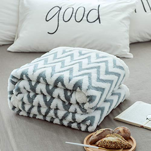 Lsimeru Lammfelloptik Kuscheldecke 180x220 Tagesdecke Decke Sherpa Ornament Flauschig Weich & Angenehm Zweiseitige Decke Dicke Qualität Warm Wohndecke Fischgrat Sofadecke