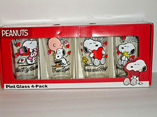 Peanuts Snoopy Valentines Pint Glass Set of 4 Love and Hugs