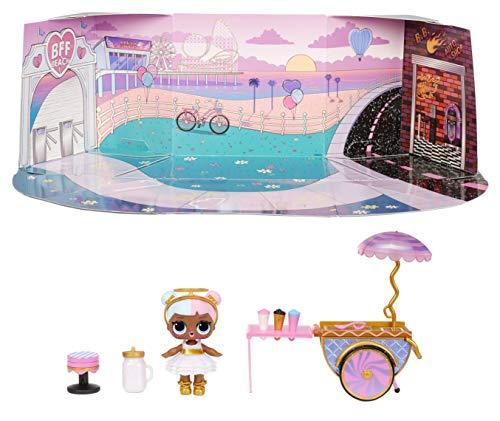 LOL Surprise Furniture, Con Bambola Sugar e 10+ sorprese, Set da gioco pieghevole per bambole in miniatura, Compatibile con casa OMG, Serie 4, Bambole da collezione adatte dai 3 anni in su.
