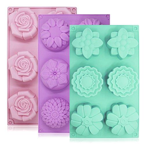 Lot de 3 moules à gâteaux Senhai en silicone - 6 fleurs par moule - Pour fabrication de glaçons, chocolats et décorations pour gâteau - Coloris: violet, vert et rose