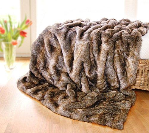Wohnen & Accessoires Plaid, couvre-lit, coussin ou bouillotte en fausse fourrure de loutre Marron