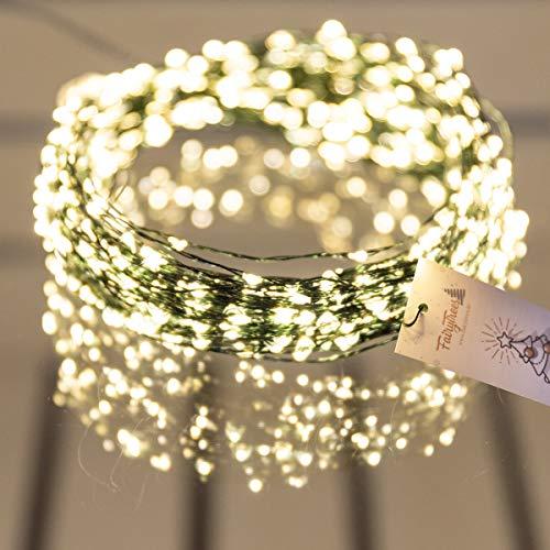 FairyTrees Micro LED Lichterkette für Weihnachtsbaum, FairyGlow 600 LEDs, Farbtemperatur 2700K (warmweiß), grüner Kupferdraht 30m (IP44), FG600