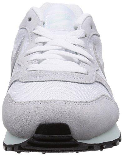 Nike MD Runner 2, Zapatillas de Running Mujer, Blanco (White/Fibreglass/Pure Platinum/Metallic Silver 103), 36.5