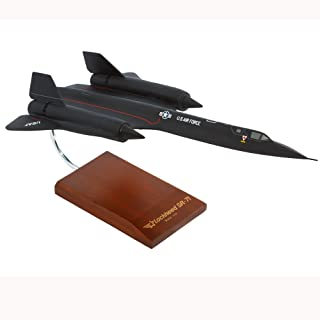 Mastercraft Collection Lockheed SR-71A Blackbird Mach 3+ USAF Air Force NASA Strategic Reconnaissance Aircraft Jet Supersonic Aircraft Model Scale: 1/72