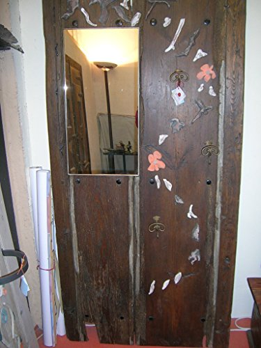 Entrada puerta antigua.