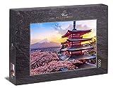 Ulmer Puzzleschmiede - Puzzle Fujijijama - Puzzle de 1000 Piezas - Pagoda Chureito Cerca de Fujiyoshida con Vista a los cerezos en Flor en el Monte Fuji