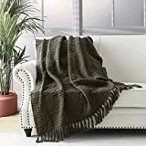 Chunky Knit Throw Blanket, Green Soft Warm Cozy Bed Throw Blanket with Tassels, Boho Style Textured Knitted Home Decorative Blanket for Couch, Sofa &Bed, 50'x60'