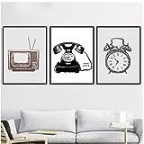 artppolr 3pcs Vintage Retro TV Set Reloj Minimalista Wall Art Canvas Painting Carteles nórdicos e impresiones Imágenes de pared para la decoración de la sala de estar 40x60cm Sin marco