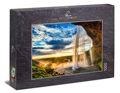 Ulmer Puzzleschmiede - Puzzle Cascada - Puzzle de 1000 Piezas - La Espectacular Cascada de Islandia Antes de la Puesta del Sol