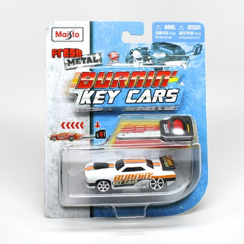 Maisto Burnin' Key Cars Fresh Metal Car with Classic Key Launcher Assortment (One Vehicle Randomly Selected)