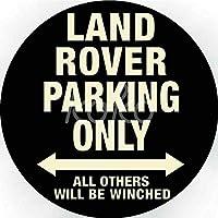 陸上駐車場のみ ぶら下がっている木製のプラークハウスウェルカムサイン個々の円形レトロアートペインティングとひもプラークレコードペインティング