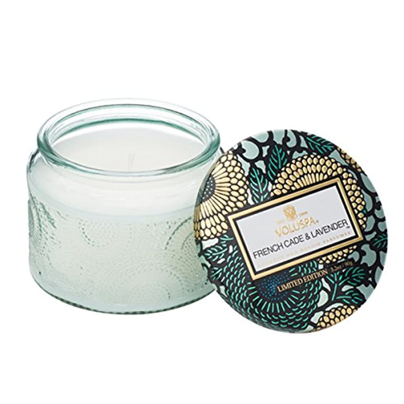 懲らしめおばあさん家族Voluspa ボルスパ ジャポニカ リミテッド グラスジャーキャンドル  S フレンチケード&ラベンダー FRENCH CADE LAVENDER  JAPONICA Limited PETITE EMBOSSED Glass jar candle