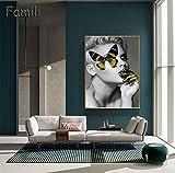 Artista productivo y exitoso sin Marco Moda Mujer Labios de Mariposa Pintura en Oro y Blanco Negro Decoración de Belleza-No_Framed_50x70cm_Clear
