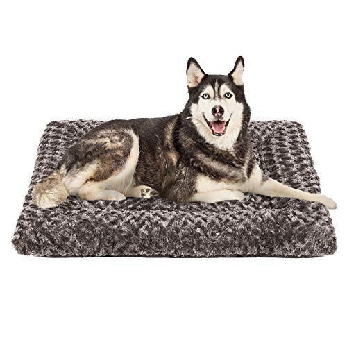 AIPERRO Dog Bed Crate Pad Mat with Removable Washable Cover, Non Slip Plush Pet Sleeping Mattress Thick Soft Cotton Cushion for Small Medium Large Dogs (Grey, 40