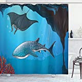 abby-shop Hai-Duschvorhang, Hai-Tiefwasser-Stachelrochen mit Korallenriffen Algen Rocky Cave Exotische Cartoon-Kunst, Blaugrau