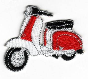 Sew-hierro-en insignia bordada Lambretta Scooter (rojo y blanco)