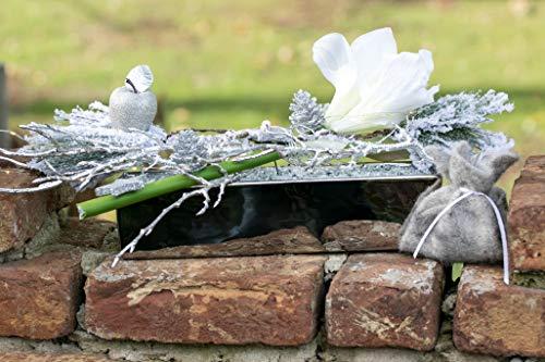 Adventsgesteck Nr.67 silber Schale mit weisser Amarillis und LED Lichterkette Winterdeko Weihnachtsgesteck, Wintergesteck, Advent Adventskranz