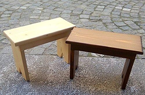 Bancos de madera de color cereza y roble